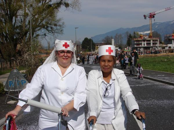 Barbara et Laor - 2 aides soignante au top  et tout sourire