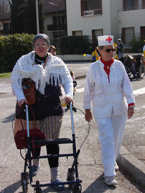 Julie prise en charge par notre infirmière cheffe Mimi